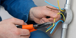 certified electrical installers